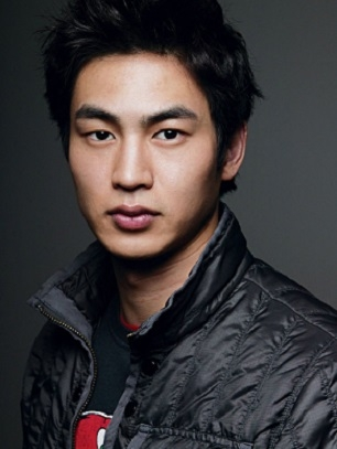 Kim San Ho in Look Back With a Smile Korean Drama (2006)