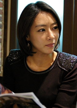 Im Seo Yeon in Ugly Miss Young Ae Season 7 Korean Drama (2010)
