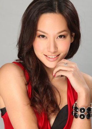 Kate Tsui in A Great Way to Care Hong Kong Drama (2011)