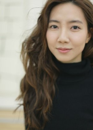 Joo Ye Rin in Kissing Cousin Korean Movie (2016)