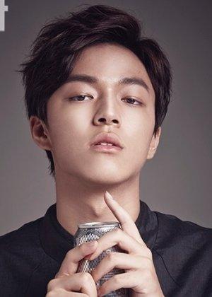 Baek Seung Hwan in Everything and Nothing Korean Drama (2019)