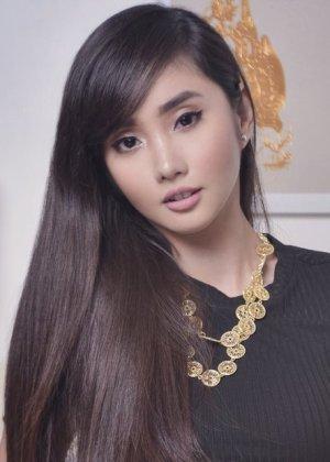 Alodia Gosiengfiao in Kimmy Dora and the Temple of Kiyeme Philippines Movie (2012)