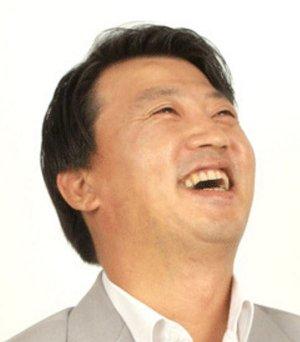 Hyung Bo Kim