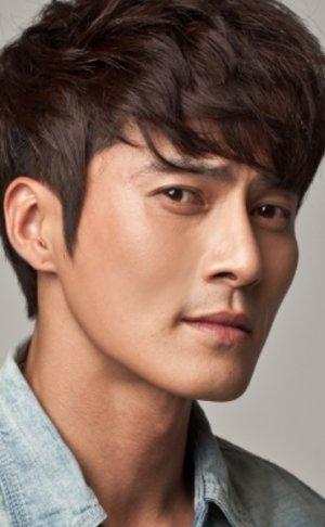 Dong Hyuk Jo