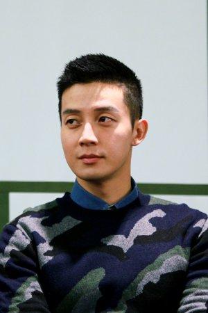 Kyung Hwan Heo