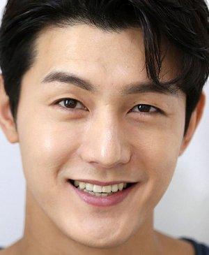 Ki Woo Lee