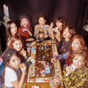 """TWICE TV """"YES or YES"""" (2018) photo"""