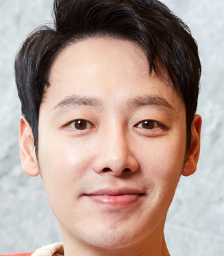 Kim Dong Wook in Trade Your Love Korean Movie (2019)