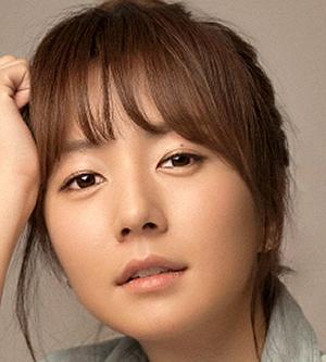 Jung Ji Yoon in Dr. Ian Korean Drama (2015)
