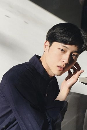 Jong Won Lee