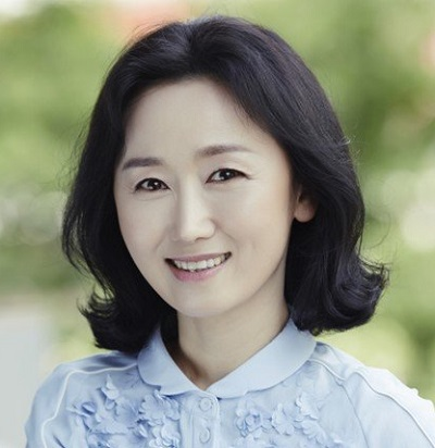 Lee Ji Ha in Duresori: The Voice of East Korean Movie (2012)