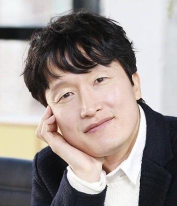 Choi Byung Mo in Spring Turns to Spring Korean Drama (2019)