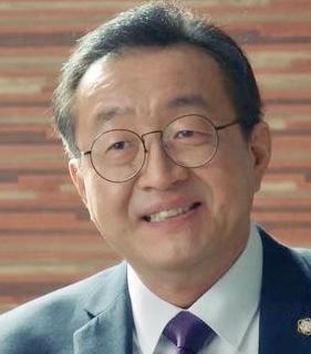 Nam Moon Chul in Missing Korean Movie (2009)