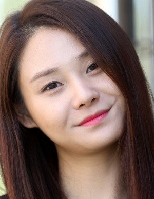 Yoon Joo in A Break Alone Korean Movie (2016)