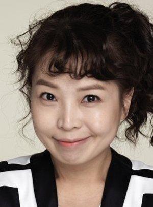 Ji Young Hong