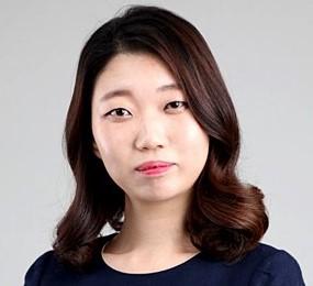 Lee Do Yeon in Drama Special Season 6: Funny Woman Korean Special (2015)