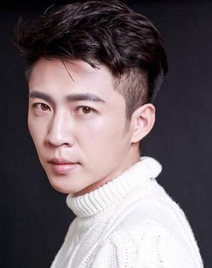 Tao Si Yuan in Love in the Buff Hong Kong Movie (2012)