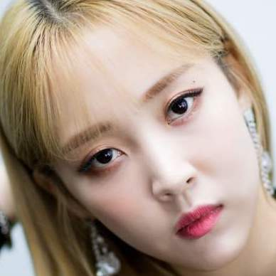 Moon Byul in Mamamoo One Lucky Day Korean TV Show (2018)