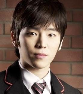 Jae Kyoon Lee