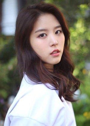 Kim Ji Sung in The Miracle Korean Drama (2016)