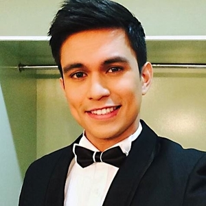 Tom Rodriguez in Beauty in a Bottle Philippines Movie (2014)