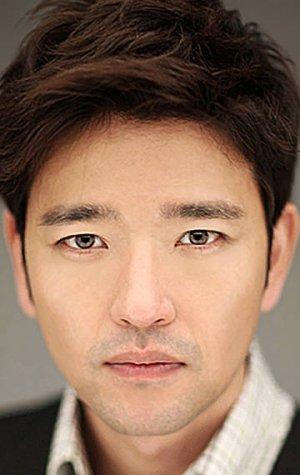 Tae Wook Yoon
