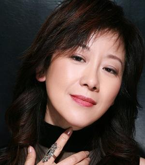 Tiffany Ji in Accoucheul Chinese Drama (2014)