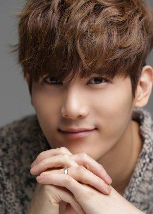 Hwang Joo Won in Black Idols Korean Movie (2015)