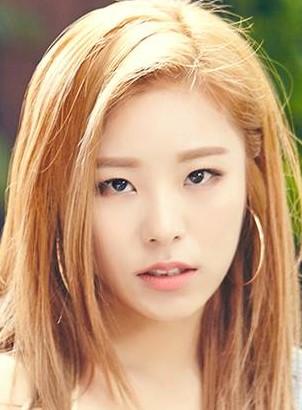 Wheein in Mamamoo One Lucky Day Korean TV Show (2018)