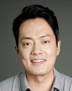 Hyung Mook Kim