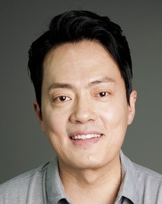 Kim Hyung Mook in Drama Stage Season 2: Beautiful and Ugly Korean Special (2019)