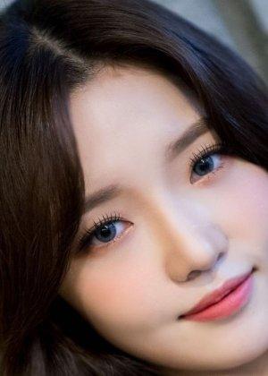 Noh Ji Sun in 2020 Idol Star Athletics Championships Korean TV Show (2020)