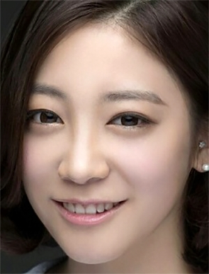 Choi Ye Seul in Prominent Woman Korean Drama (2014)