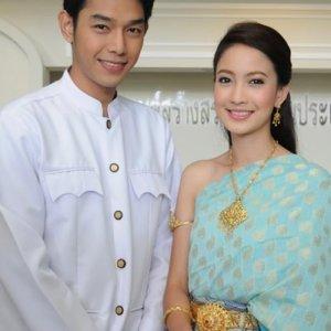 Songkran Hang Kwarm Ruk (2010) photo
