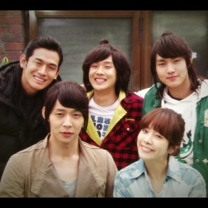 Rooftop Prince (2012) photo