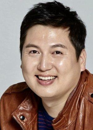 Park Jae Woong in Drama Special Season 2: Guardian Angel Kim Young Goo Korean Special (2011)