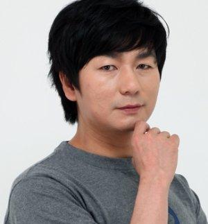 Chul Min Lee
