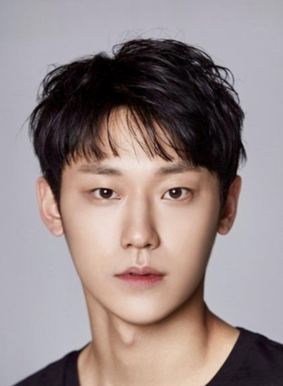 Kim Seon Ho and Nam Joo Hyuk Top Actor Reputation Charts