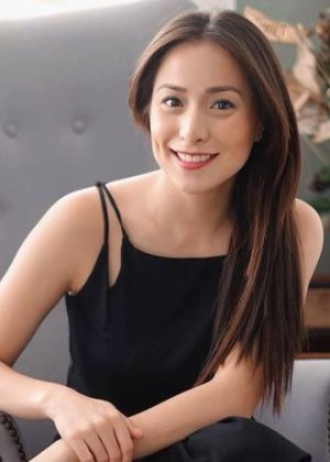 Cristine Reyes in Seven Sundays Philippines Movie (2017)