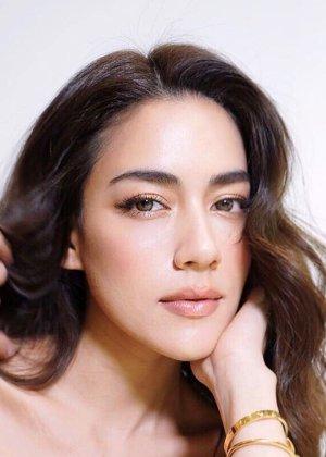 Kimberley Anne Woltemas in Mafia Luerd Mungkorn: Suer Thai Drama (2015)