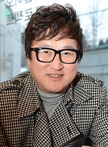 Lee Hwan Kyung