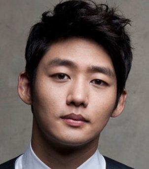 Lee Tae Sung in Drama Special Season 1: The Woman Next Door Korean Special (2010)