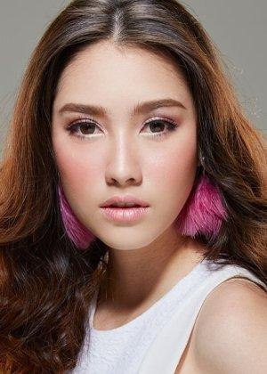 Hana Lewis in Sampatan Hua Jai Thai Drama (2018)