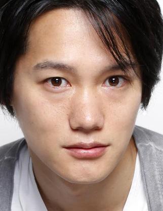Ito Yosuke in The Setting Sun Japanese Movie (2009)