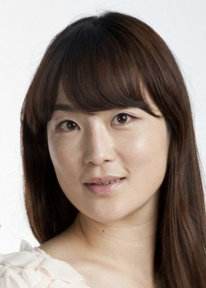 Gong Sang Ah in The Running Actress Korean Movie (2017)