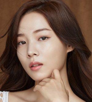 Nam Hyun Hee (Marriage, Not Dating)
