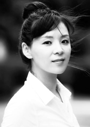 Lee Jung Bi in A Field Day Korean Movie (2018)