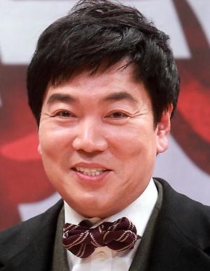 Kim  Il Woo in A Different Kind of Man Korean Movie (1993)