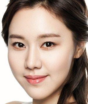 Shin Ah Kim