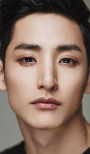 Soo Hyuk Lee